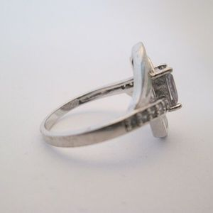 Vintage Jewelry - ring/sterling emeral cut size 8.5
